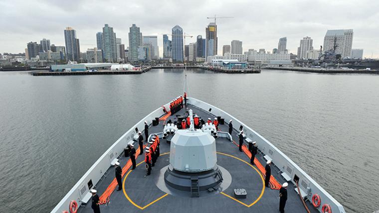中国海军舰艇编队抵达圣迭戈港对美进行友好访问