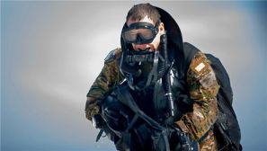 """组图:美军""""绿色贝雷帽""""在墨西哥湾训练"""