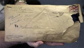 美军士兵寄给母亲礼物迟到73年后抵达