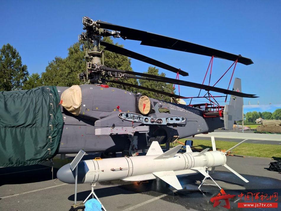 组图:俄罗斯卡莫夫设计局公开卡-52k武装直升机