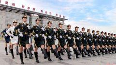 《防务点评》宋忠平:女兵已在战斗序列中发挥重要作用