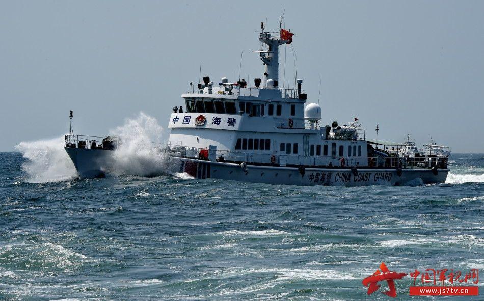 福建海警总队开展海上综合作战实兵演练和专业技能