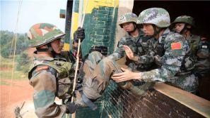 中印陆军反恐联合训练实兵演练现场目击