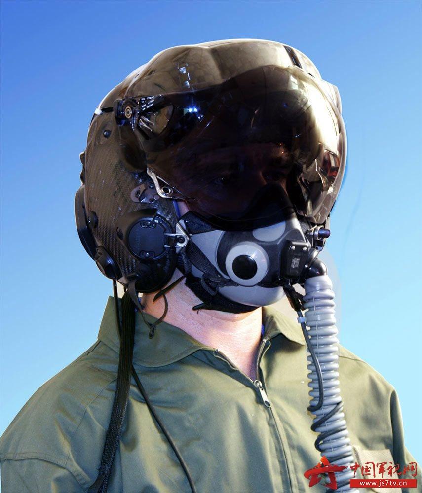 组图:f-35头盔需减重以提升飞行员弹射安全