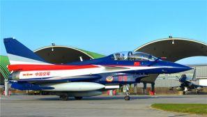 八一飞行表演队7架歼10赴泰国参加中泰军演