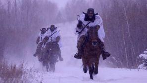 组图:飞驰在林海雪原上的边境守卫者(1)