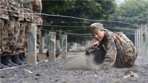 组图:驻渝某红军师通信营大胆创新 新兵下连即入战位