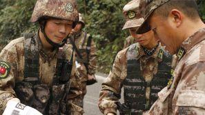 13集团军某装甲团:长途行军拉练 决心只对打赢负责