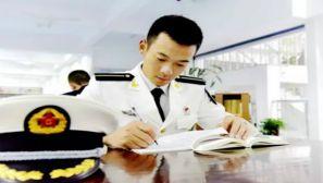 最帅海军潜水员 中国被你感动