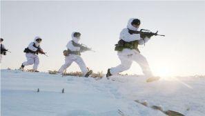 林海雪原中快速突击 零下25度从来不是事