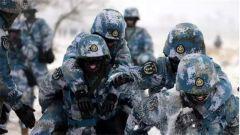 """呵气成冰!海军陆战队跨越大半个中国进行""""寒训"""""""