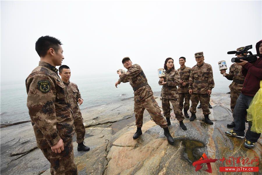 标签:大拜年精彩走进边防海岛部队