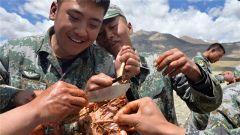 端午节:驻训官兵不止有粽子和龙舟