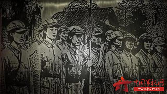 """她们给""""红军之友社""""和""""街道儿童团""""教唱红军歌曲"""