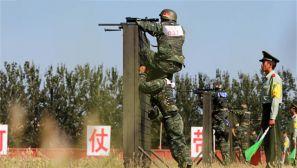 利刃出鞘:武警特战队员上演极限挑战