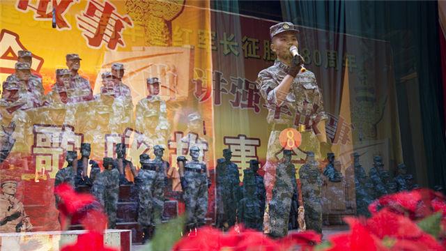 陆军青藏兵站部某汽车团:唱红色歌曲  讲长征故事