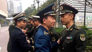 驻香港部队完成第18批干部轮换 近200名军官返回