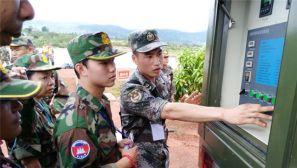 """""""金龙-2016""""中柬两军联合训练全面展开"""