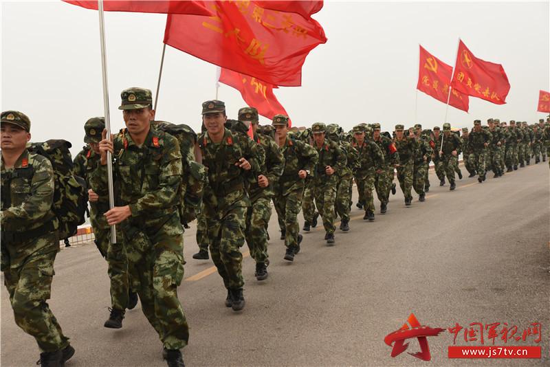 驻广西南宁武警水电部队圆满完成冬季野营拉练