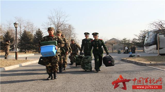 """武警北京总队十三支队开展""""十个一""""迎接新战友下连队"""
