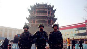 石嘴山武警:武装巡逻为元旦秩序保驾护航
