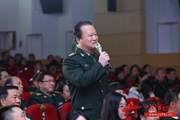 (无水印)专家组执行军事医学援外任务颁奖现场。