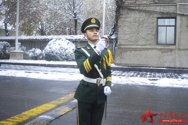 http://files.js7tv.cn/www/images/2017-01/11/1484131146657224_big.jpg