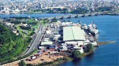 科特迪瓦经济首都阿比让两处军营传出枪声