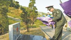 烈士李磊83名川籍维和战友的生死约定