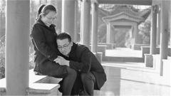 """南京陆指学院文职夫妻:因共追逐""""诗和远方""""而在一起"""