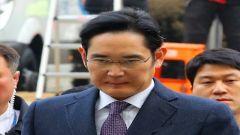 韩法院花4个小时审问三星副会长 今晚决定是否逮捕