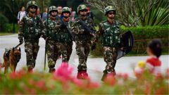 广东边防支队两百精锐参与深圳市军警联勤 保年关平安