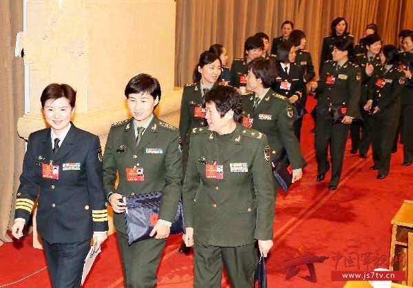 """""""东部战区副司令员兼东部战区陆军司令员秦卫江代表说,我们坚持按照习"""