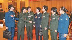 军队代表委员围绕强国兴军履职尽责建言献策掠影