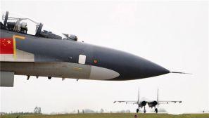 歼11战机开展实战化训练