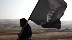 """伊拉克军方:""""伊斯兰国""""在伊境内地盘丧失殆尽"""
