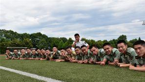 毕业季:军校学员的别样毕业照