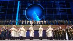 《在党的旗帜下》:向世界一流军队迈进