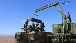新型反坦克导弹实弹射击,看着就带劲儿