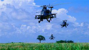 低空突防、精确打击,直升机编队够酷