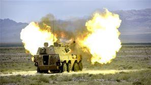 """霸气!炮兵分队对""""敌""""目标实施远程火力打击"""