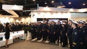 海军某潜艇基地:感悟发展成就 增进信赖拥戴