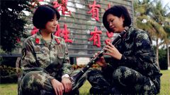 武警·海南:百余名退伍老兵离营返乡