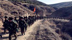 武警·内蒙古森林总队:千余名新兵野营拉练踏征程