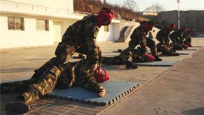 武警山西总队组织新兵结业考核 检验训练结果
