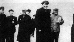 纪念伟人!共和国的缔造者——毛泽东
