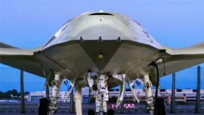 世界首款舰载无人加油机诸多细节首次曝出