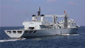 海军第28批护航编队组织武力营救被劫船舶演练