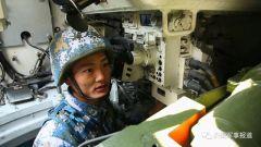 海军陆战队:样样精通的老兵张德忠