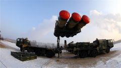 第78集团军某防空旅新型地空导弹展开首次综合训练